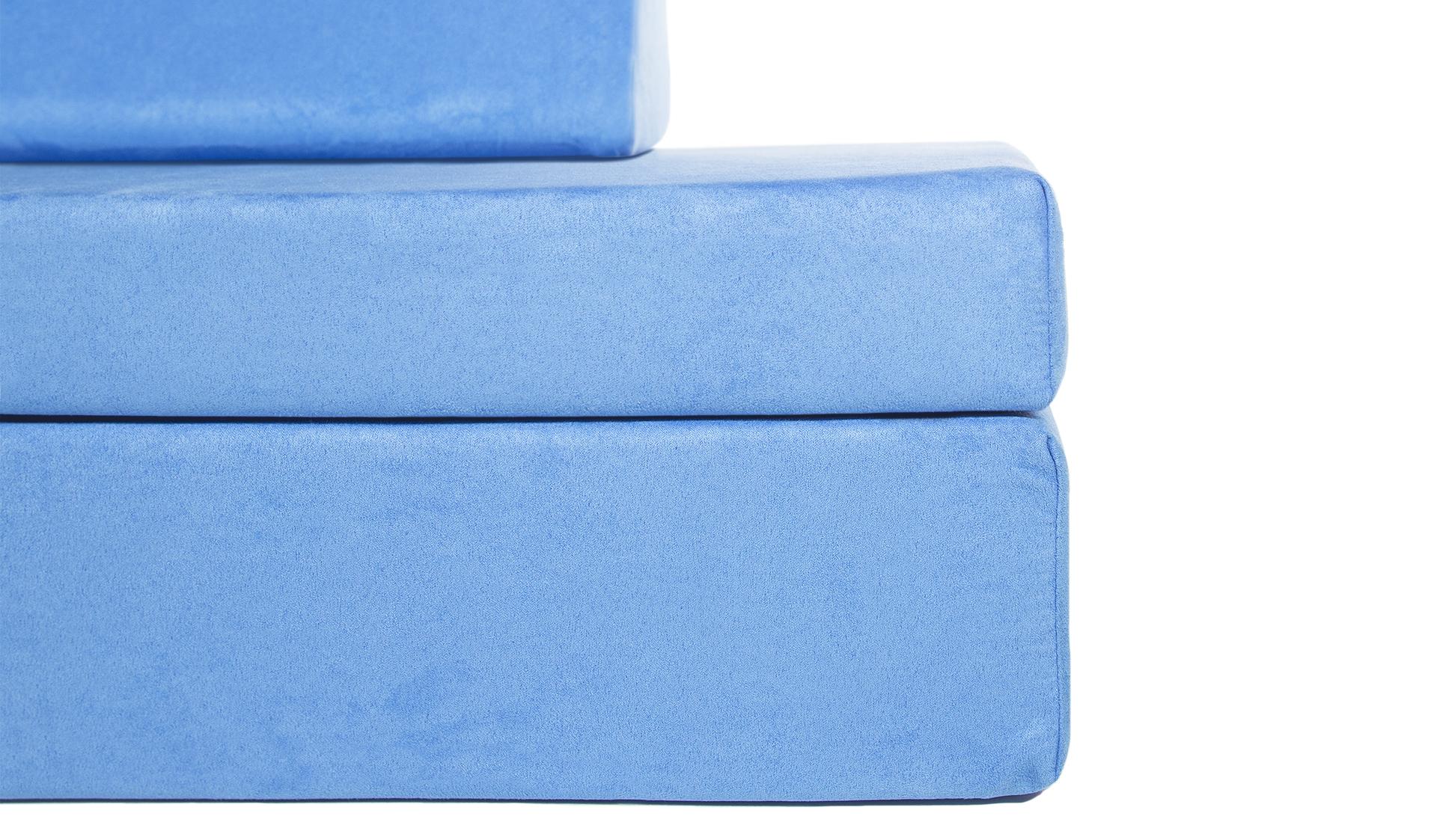 Popular blue detail